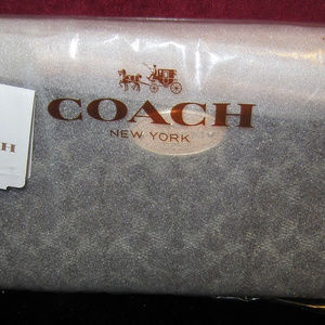 AUTHENTIC COACH ZIP ZIPPY Wristlet Wallet SADDLE/A